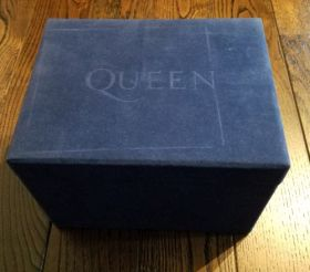 QUEEN / CROWN JEWELS - 25TH ANNIVERSARY LIMITED EDITION BOX SET の商品詳細へ