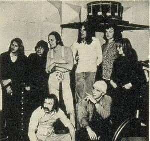 英ブルース・ロック・ミュージシャンのプロジェクト作『TRAMP/TRAMP』− MEET THE SONGS 第173回