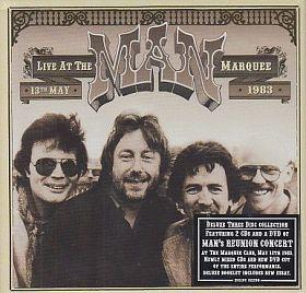 ウェールズを代表するバンド、MANの83年のリユニオン・コンサートの音源と映像を収めた2CD&1DVDボックスがリリース