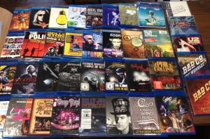 11月21日、226枚の中古CDが入荷!大充実のライヴ・ブルーレイより、ジェネシス『スリー・サイズ・ライヴ』をピックアップ☆