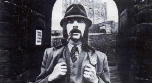 LINDISFARNEのリーダーAlan Hullの75年作2ndソロ『SQUIRE』が新規リマスターでリイシュー