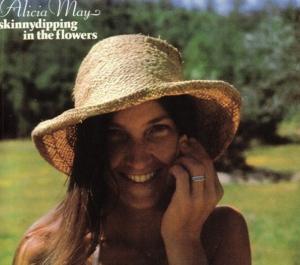 春の日差しを浴びながら聴きたい、うららかな女性シンガー作品をピックアップ。