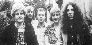【ユーロロック周遊日記】 ベルギーを代表するジャズ・ロック・バンドCOSのデビュー作『Postaeolian Train Robbery』