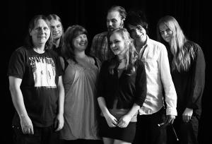INTROITUS特集!- スウェーデンのBENDERファミリーによる大所帯シンフォ・グループ