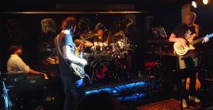 カンタベリー・フィーリングを持つイタリアの新鋭ジャズ・ロック・グループたち!