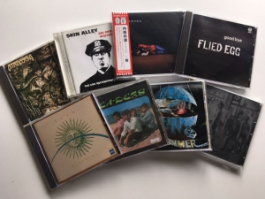 8月21日、182枚の中古CDが入荷いたしました!その中から美狂乱の前身、クリムゾンコピーバンドの音源をピックアップ!